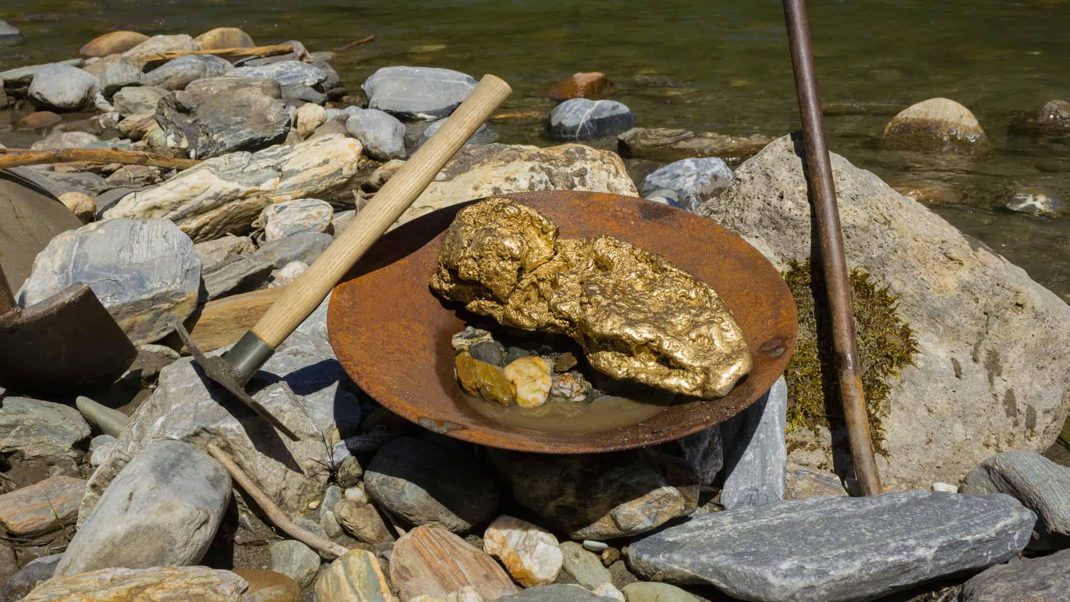 gold-mining-sudan