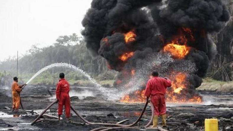 oil pipeline explosion