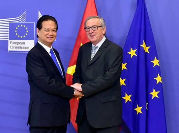 EU-VN-FTA-signing